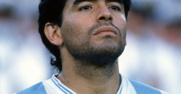 ¿De qué murió Maradona?